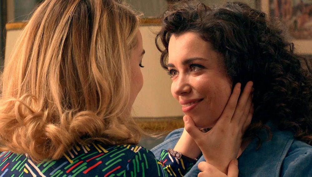 """Amelia a Luisita tras su primera vez: """"Eres más de lo que podría imaginar"""""""