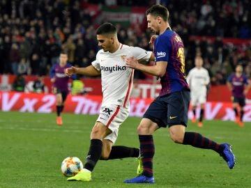 André Silva y Lenglet, durante el Sevilla-Barça de la Copa del Rey