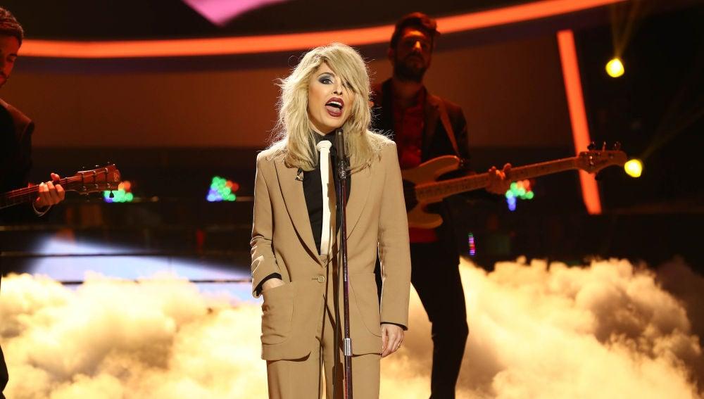 Soraya Arnelas se convierte en Blondie con 'Sunday Girl' en 'Tu cara me suena'