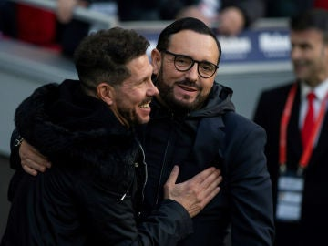 Simeone abraza a Bordalás