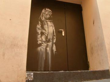 Indignación en París por el robo de una obra del grafitero Banksy en homenaje a las víctimas de los atentados de Bataclan
