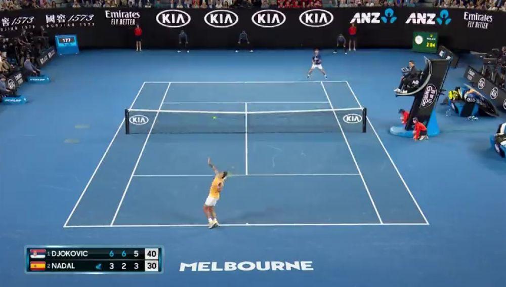 Djokovic no da opciones a Rafa Nadal y gana su séptimo Open de Australia