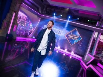 Un divertido Sergio Ramos se convierte en el presentador de 'El Hormiguero 3.0' por un día