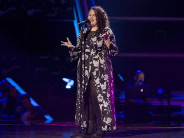 Vanessa Black canta 'Set fire to the rain' en las 'Audiciones a ciegas' de 'La Voz'