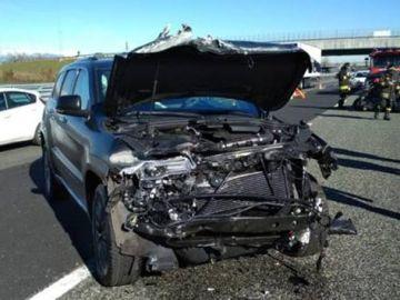 El coche de Douglas Costa, tras el accidente