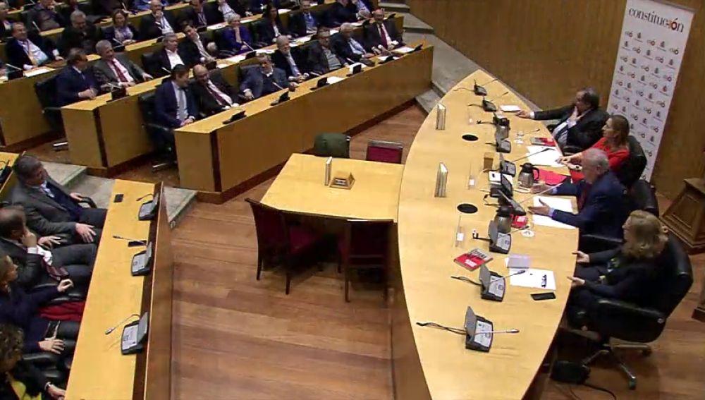 Todos los zascas de Alfonso Guerra a Pedro Sánchez y los independentistas