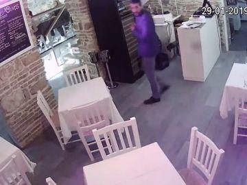 Localizan a una pareja que protagonizó varios 'simpa' en restaurantes de Córdoba