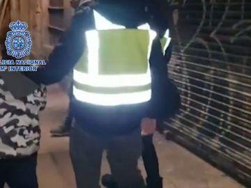 Localizado en Barcelona un menor que fue sustraído por su padre y un amigo a la fuerza
