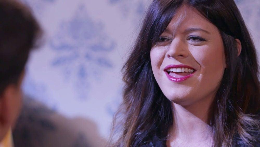 Cecilia Krull canta la cabecera de 'La Casa de papel' durante su reto sobre cabeceras de series con Xuso Jones