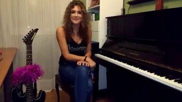 La talent rockanrolera, Laura González nos enseña dónde ensaya para 'La Voz'