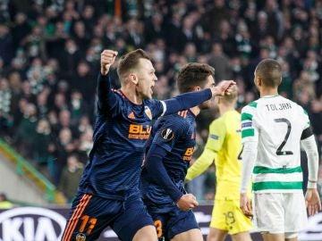 Denis Cheryshev celebra su gol ante el Celtic