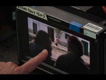 Así se grabó la espectacular escena en la granja de Salvador Benito con la visita de Montaña en el capítulo 6 de 'Matadero'