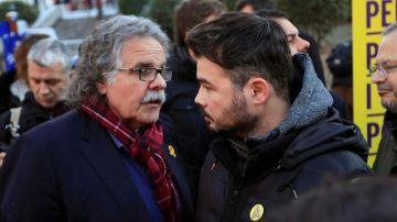 Joan Tardá y Gabriel Rufián a las puertas del Tribunal Supremo durante el juicio del 'procés'