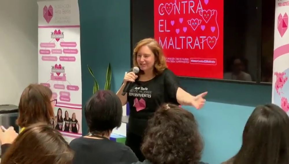 'Red de Mujeres', la página de facebook que ya forman 20.000 mujeres para ayudar víctimas de la violencia de género