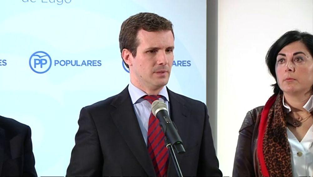 """Casado exige a Rivera aclarar si pactará con el PSOE como en 2015: """"¿Está dispuesto a revalidar el pacto del abrazo?"""""""