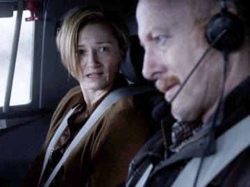 Vídeo: El capitán del vuelo 828 desaparece con Fiona en un avión