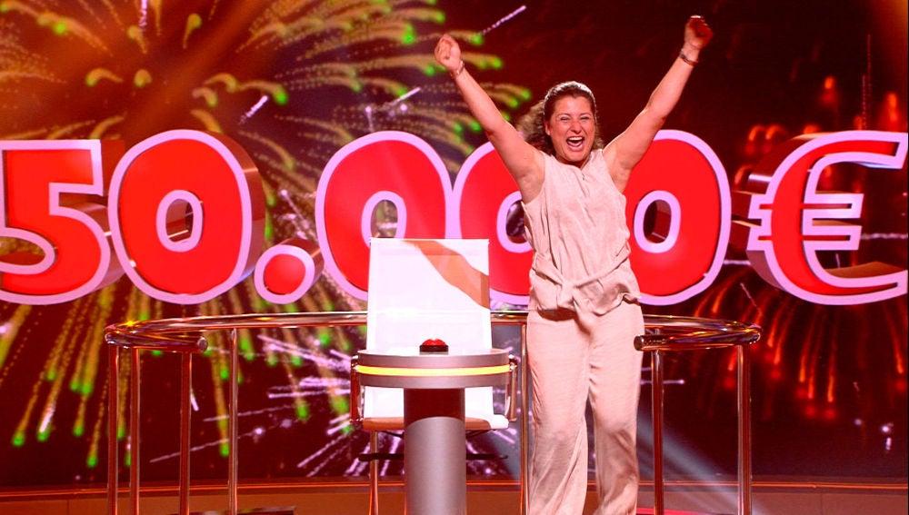 Raquel consigue los 50.000€ del premio de 'Juego de juegos' y lo celebra haciendo la garrapata