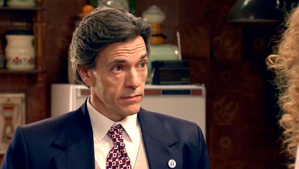 Domingo se sincera con Natalia y le pone en alerta sobre Gabriel