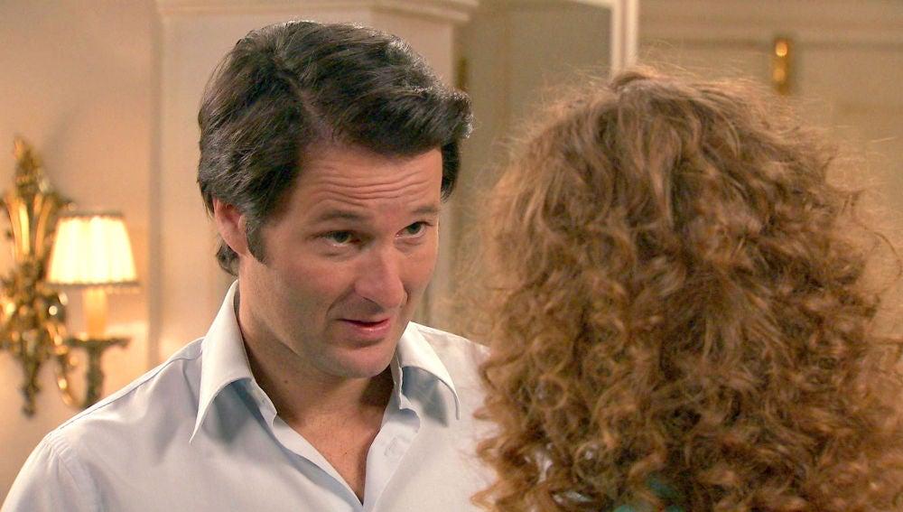 Gabriel, decidido a intimar con Natalia