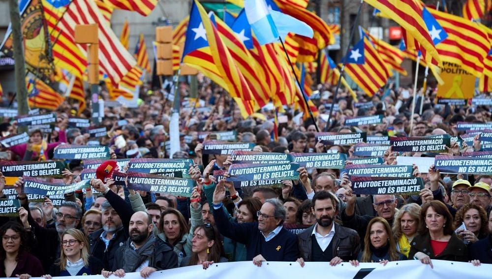 Manifestación en Barcelona contra el juicio al 'procés'