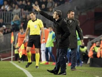 Valverde da indicaciones en la banda