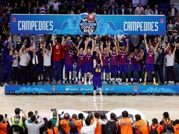 El Barcelona levanta la Copa del Rey de baloncesto