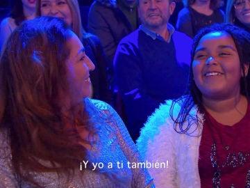 El emotivo reencuentro entre la hermana de Linda Rodrigo y Luis Fonsi en los Asaltos de 'La Voz'
