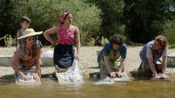 Penélope Cruz y Rosalía en 'Dolor y Gloria'
