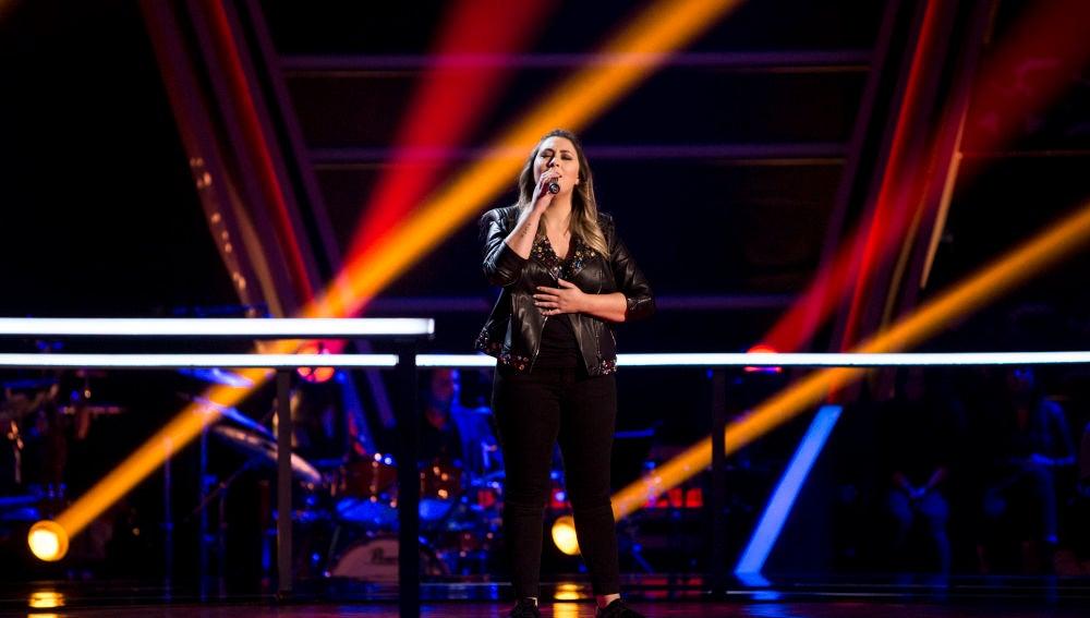 María Espinosa canta 'Corazón hambriento' en los Asaltos de 'La Voz'