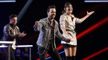 VÍDEO: Luis Fonsi roba a Beatriz Pérez y se clasifica para la Batalla Final de 'La Voz'