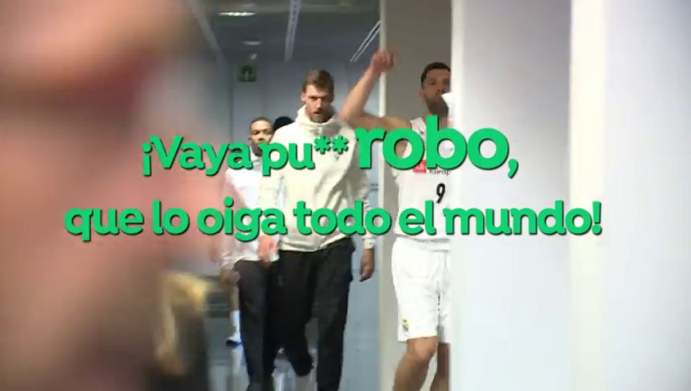 """El brutal cabreo de Felipe Reyes tras perder la Copa del Rey: """"¡Ladrones! ¡Vaya puto robo, que lo oiga todo el mundo! ¡Dos años seguidos!"""""""