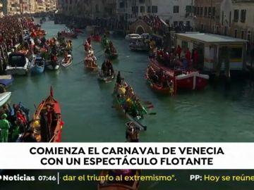 El Carnaval de Venecia arranca con su tradicional 'Fiesta sobre el agua' entre miles de turistas
