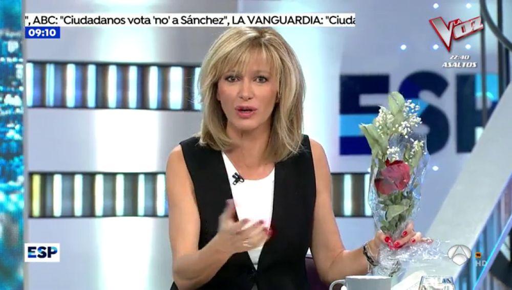 Susanna Griso recibe rosas y un tarjetón de Pedro Sánchez
