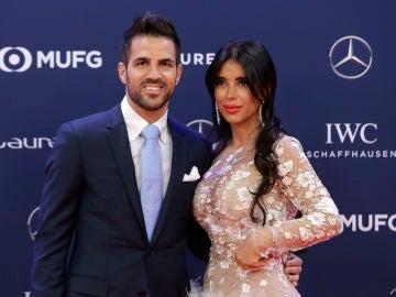 Cesc Fábregas y Daniella Semaan en los Premios Laureus