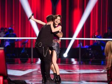 """Paulina Rubio felicita a Teresa Ferrer tras su actuación en los Asaltos de 'La Voz': """"Eres una bestia, eres una estrella"""""""