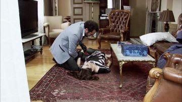 Cengiz intenta asesinar a Eysan y culpabiliza a Ezel