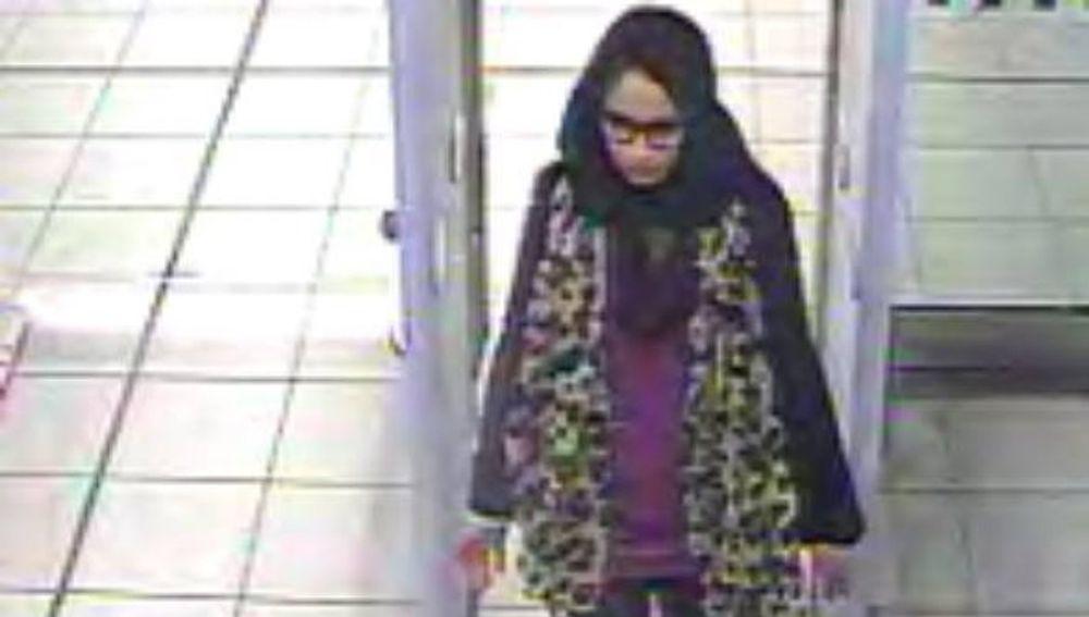 Fotografía de Shamima Begum tomada por la Policía Metropolitana de Londres