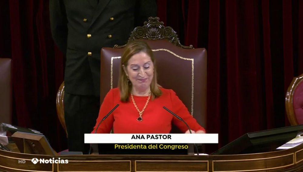 """Ana Pastor despide, emocionada, la legislatura del Congreso con un """"valió la pena"""""""