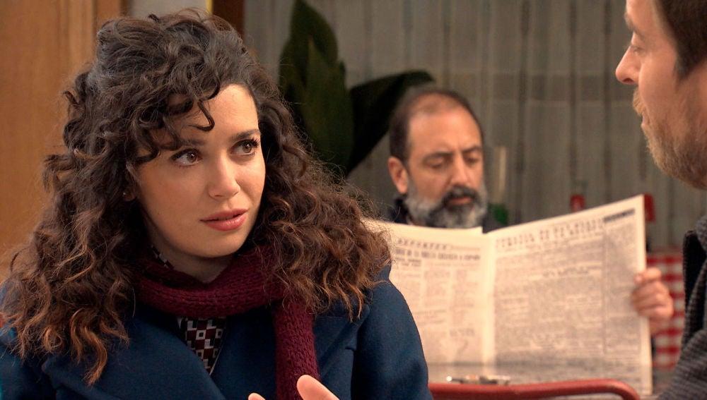 Amelia asombrada, le sigue el juego 'del amor' a Marcelino