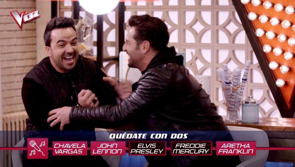 VÍDEO: Luis Fonsi y David Bustamante estallan a carcajadas al intentar coincidir en sus respuestas