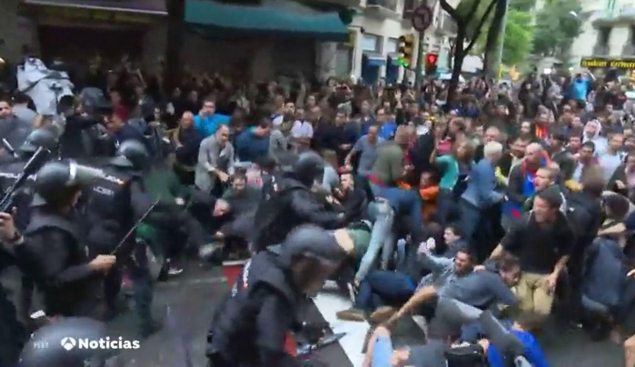 Rajoy, Santamaría y Zoido no sabían nada sobre el operativo policial en las cargas del día del referéndum ilegal en Cataluña
