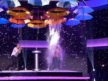 'Que llueva, que llueva' el compañerismo entre Raquel y Mariví