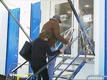 instalan un consultorio móvil durante las reformas de un centro de salud de Pontevedra