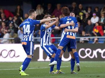 El Alavés celebra un gol