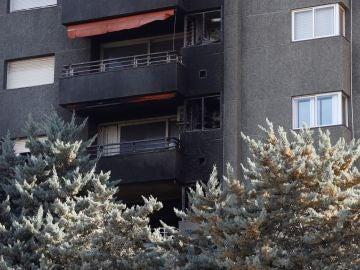 Incendio ocurrido esta mañana en un edificio de once plantas de la avenida Xile de Barcelona