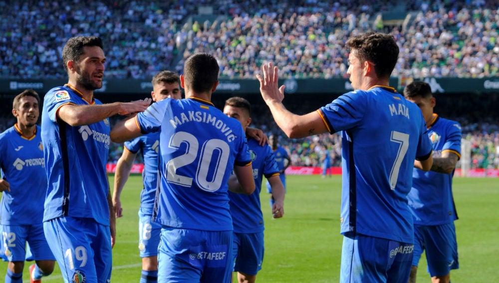 El Getafe celebra un gol