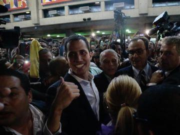 Juan Guaidó en el Aeropuerto Internacional de Maiquetía Simón Bolívar