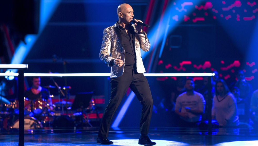VÍDEO: Mark Wayne canta 'I've been loving you too long' en los Asaltos de 'La Voz'
