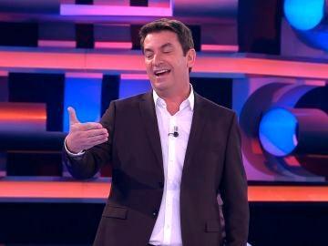 Arturo Valls cuenta en '¡Ahora Caigo!', una graciosa anécdota con Alicia Vikander