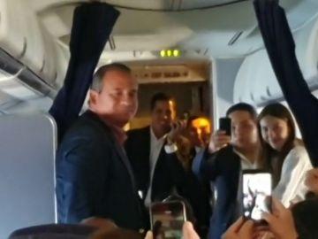 El mensaje de Guaidó en el avión camino a Venezuela